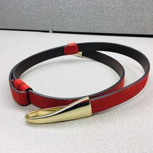 CHICO'S BELT - Red Textured Leather